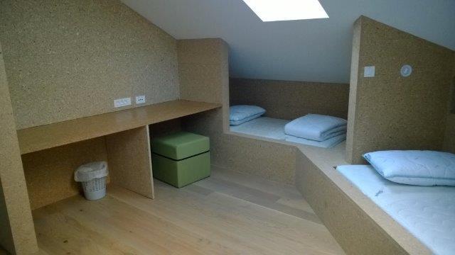 3-posteljna soba